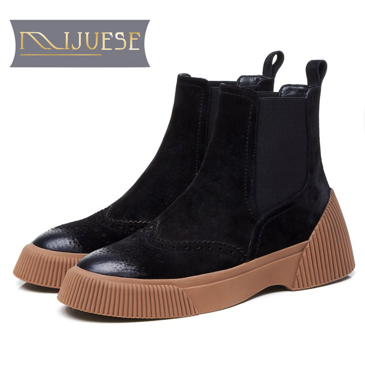 MLJUESE 2019 women ankle boots pigskin slip on winter short plush cutouts brown color brogue boots