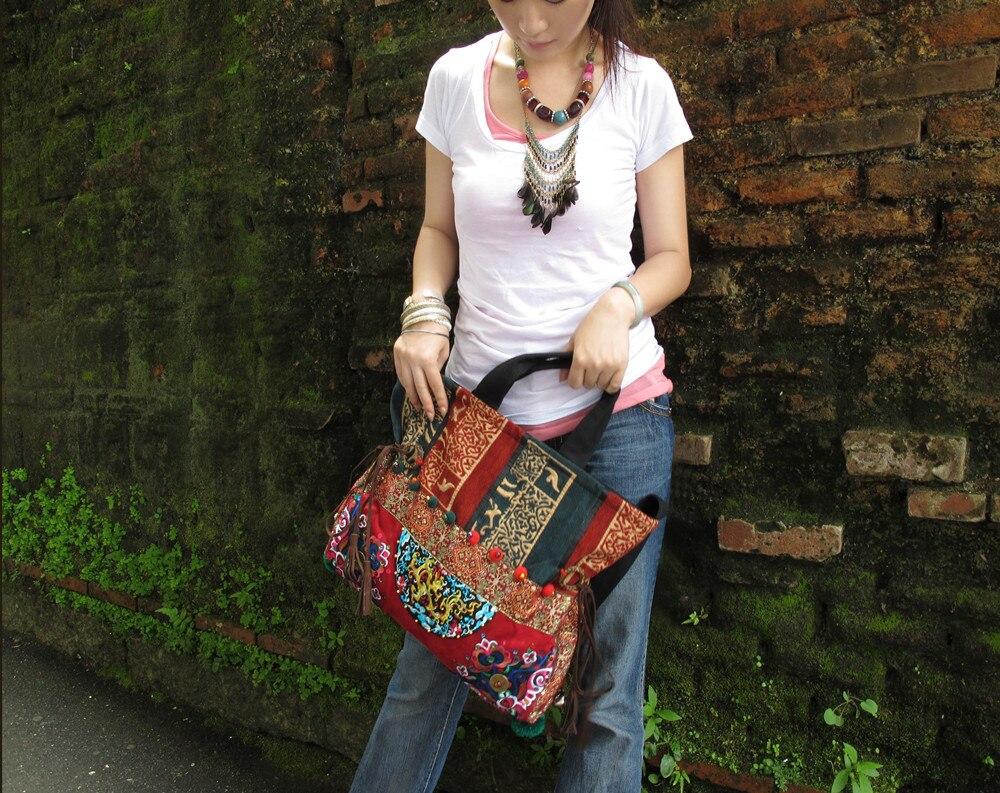 Ethnique D'épaule Nouvelle Main Hani Toile Messenger Femelle Broderie Naxi Pompon À Thaïlande Vintage Sacs Arrivée OOn4vRH