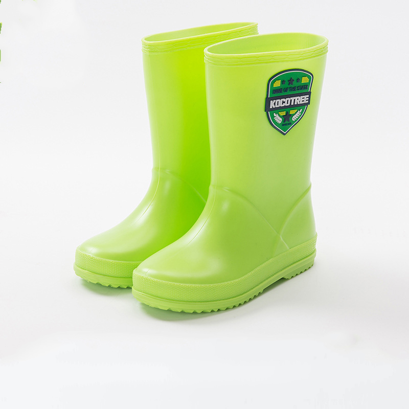 Maggie's Walke rain boots for kids skid resistance Low-heeled cool Mid-calf pvc shoes all seasons for Girl and Boys rain shoes 2016 kelme football boots broken nail kids skid wearable shoes breathable