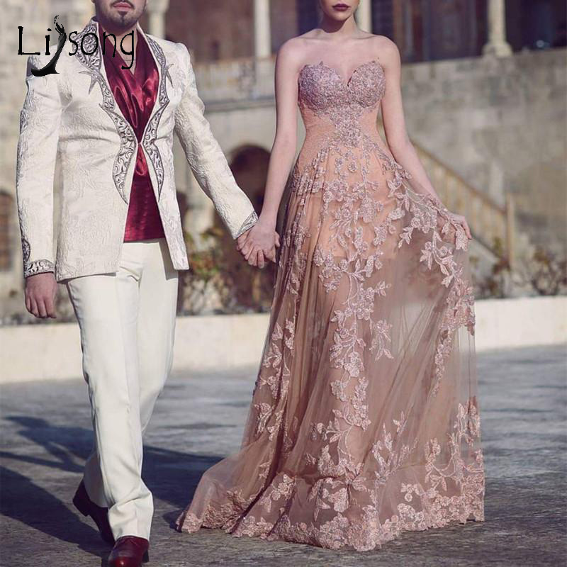 Champagne Pink Lace Sweetheart   Evening     Dresses   2018 Pretty Semi-Illusion Long   Evening   Gowns Appliques A-line Prom Gowns