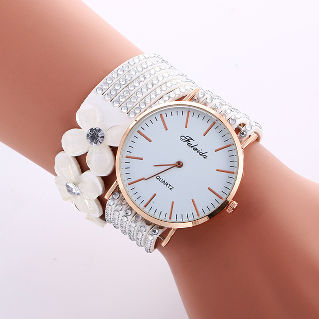 2018 Fashion Casual Watches Women Dress Bracelet Watch Luxury Crystal Diamond Qu