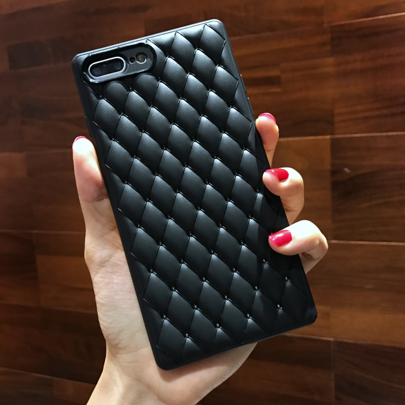Fashion Grid Waven Pattern Case For iPhone X XS Max Soft Silicone Cases iPhone6 6s 7 8 Plus XR Luxury TPU Back Cover Capa