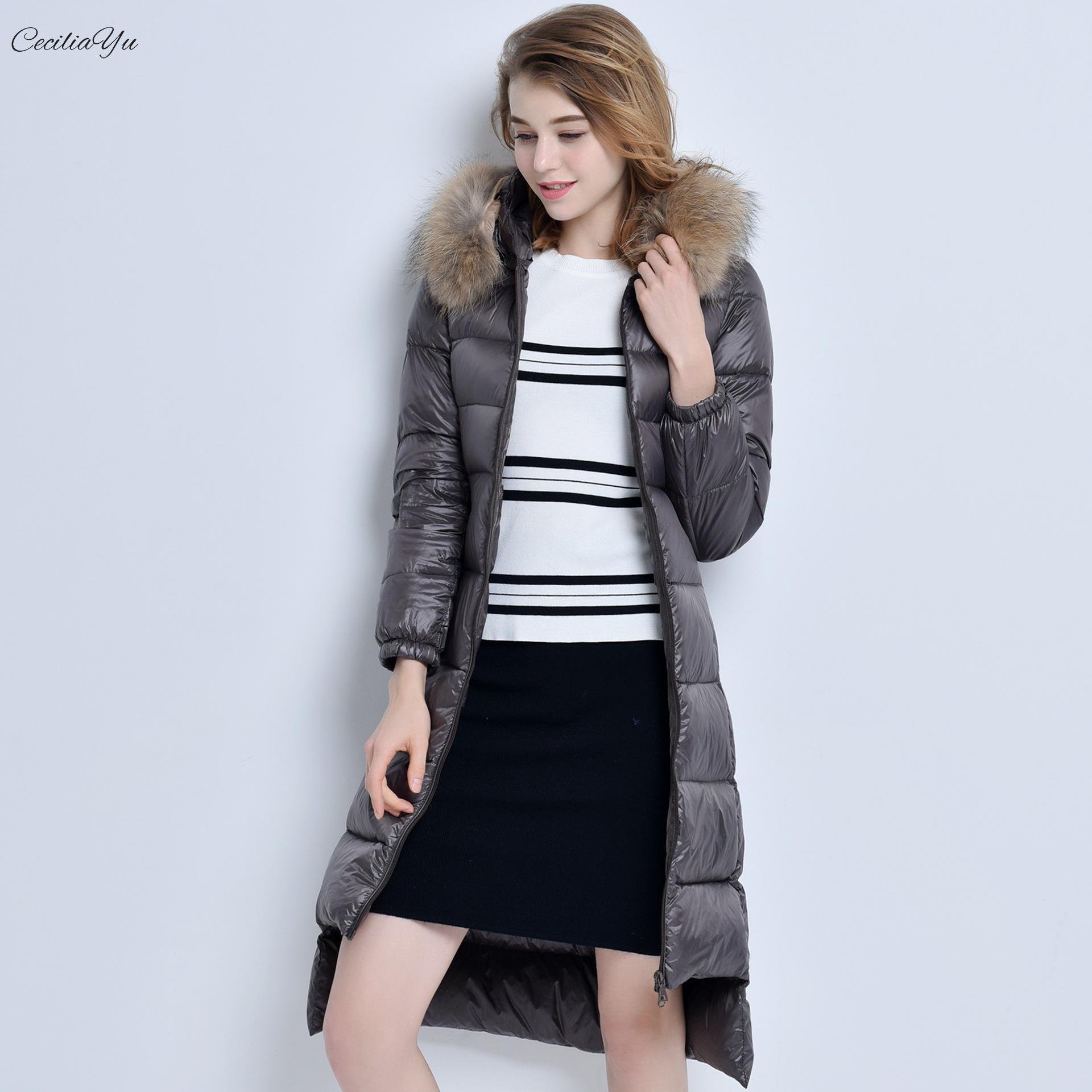 2008 зимнее платье новое корейское издание пуховая одежда с перьями короткий передний и задний носик для бутылки Женское пальто 90 вниз Ceciliayu
