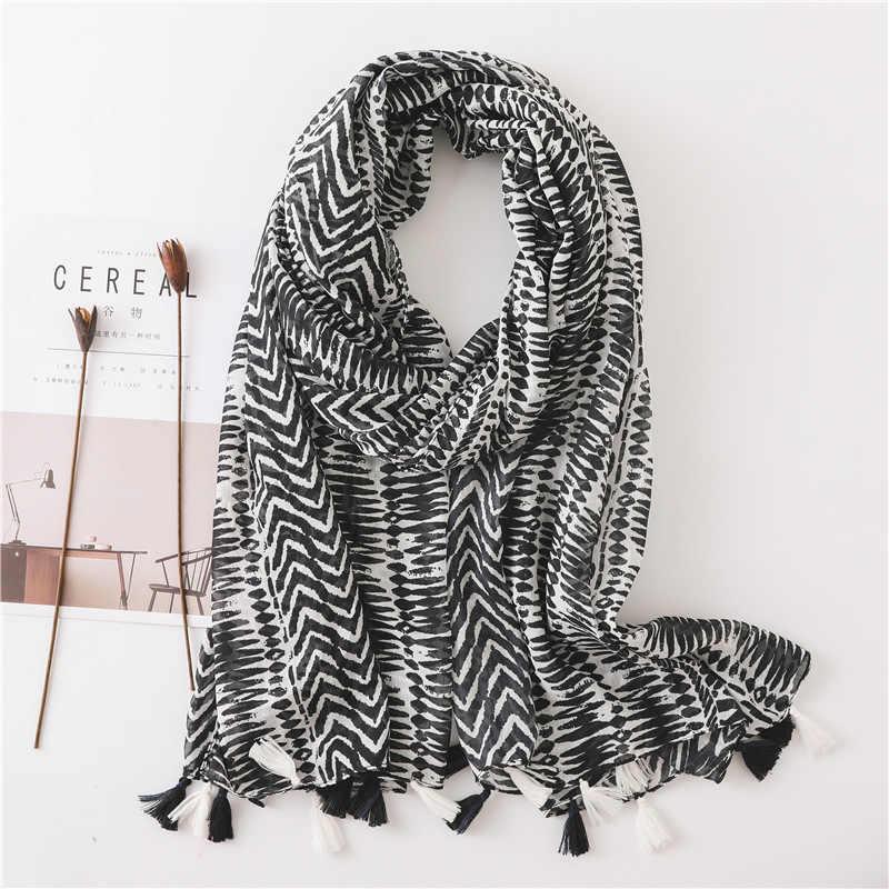 Giyu sciarpa 2019 di lusso di marca Donne di Estate nappa Nero bianco hijab dello scialle Dell'involucro della sciarpa di Pashmina foulard femme Per Le Donne sciarpa sjaal