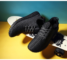 Estilo de la estrella mujeres de los hombres marca casual zapatos de malla de aire yezy transpirable calidad original entrenadores mocasines alpargatas zapatillas de deporte de moda