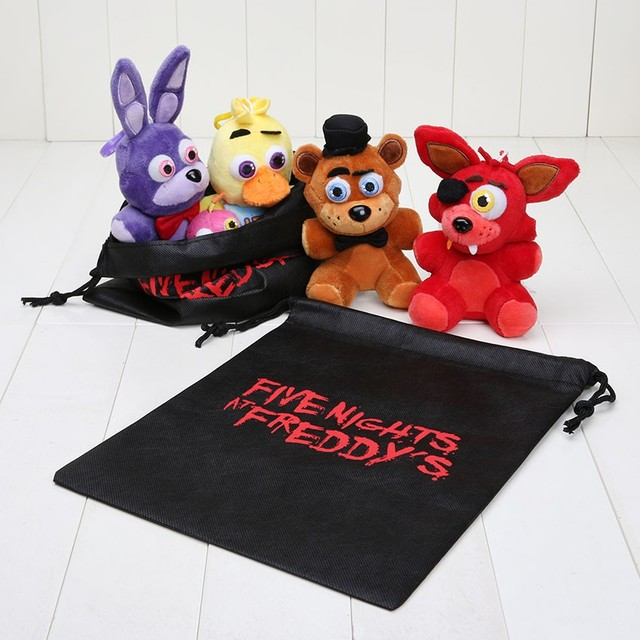 4 pçs/set 14 cm Cinco Noites no Freddy FNAF Fox Urso Brinquedos de Pelúcia Pingentes Chaveiros Bonecas Bonnie com Saco Do Presente