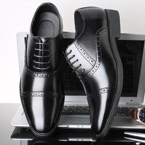 a967c7c328b35 SHANZU الرجال اللباس أحذية بسيطة نمط جودة الرجال أكسفورد الأحذية الدانتيل  متابعة العلامة التجارية الرجال الرسمي ...