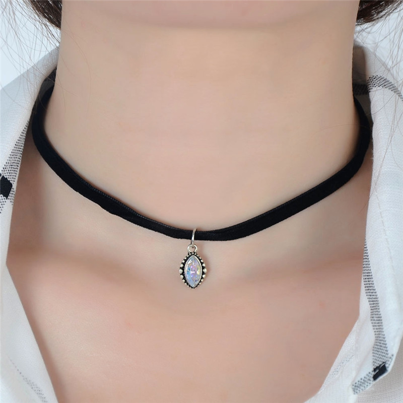 Women/'s Black Velvet Choker with Opal Stone