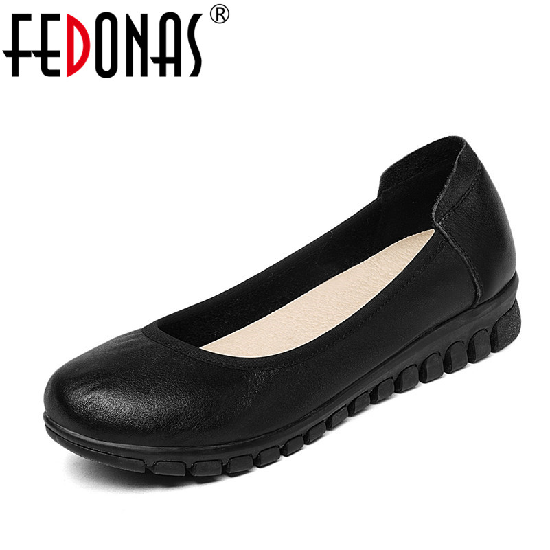 FEDONAS 2018 Fashion New Women Genuine Leather Pumps Solid Spring Autumn Round Toe Elegant Ladies Wedges Heels Office Shoes 2017 ladies round toe handmade shoes women genuine leather high heels girls fashion spring autumn office pumps pritivimin fn20