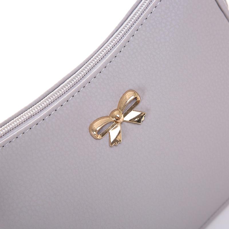 arco pequena bolsa para mulheres Abacamento / Decoração : Nenhum
