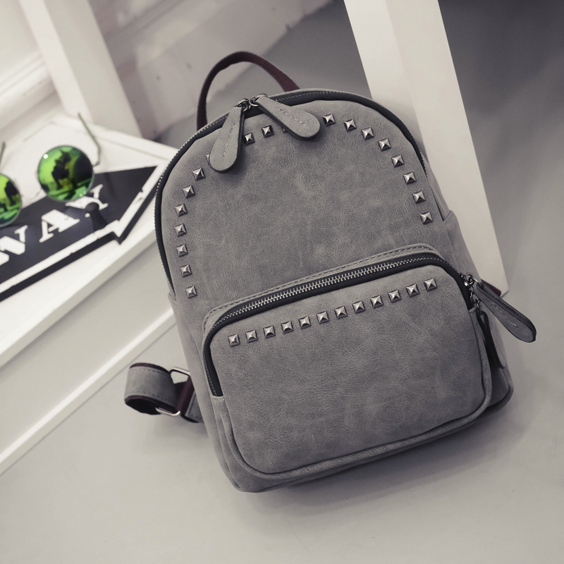 2019 Woman Casual Bag Vintage Rivet Design Small PU Leather Travel Bags For Teenage Girls School Mini Bag Pack Preppy Mochilas