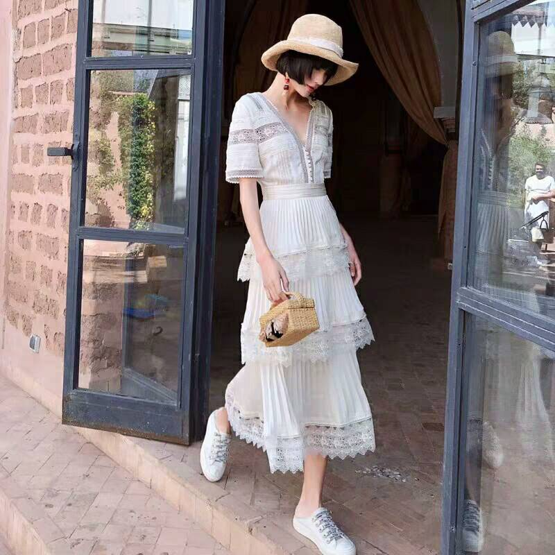 Luxury White Party Dress 2019 Self Portrait Dress Ladies V neck Short Sleeve Pleated Cake Boho
