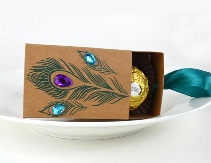 Jeweled Peacock Feather Kraft paper Favor Box Wedding Bridal Shower Birthday Party Candy Boxes vinatge jewelry soap gift box
