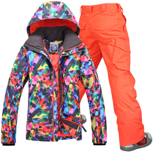 2014 Gsou snow men's ski suit set mens colorful ski jacket and orange red ski pants skiing suit waterproof 10K free ship by EMS