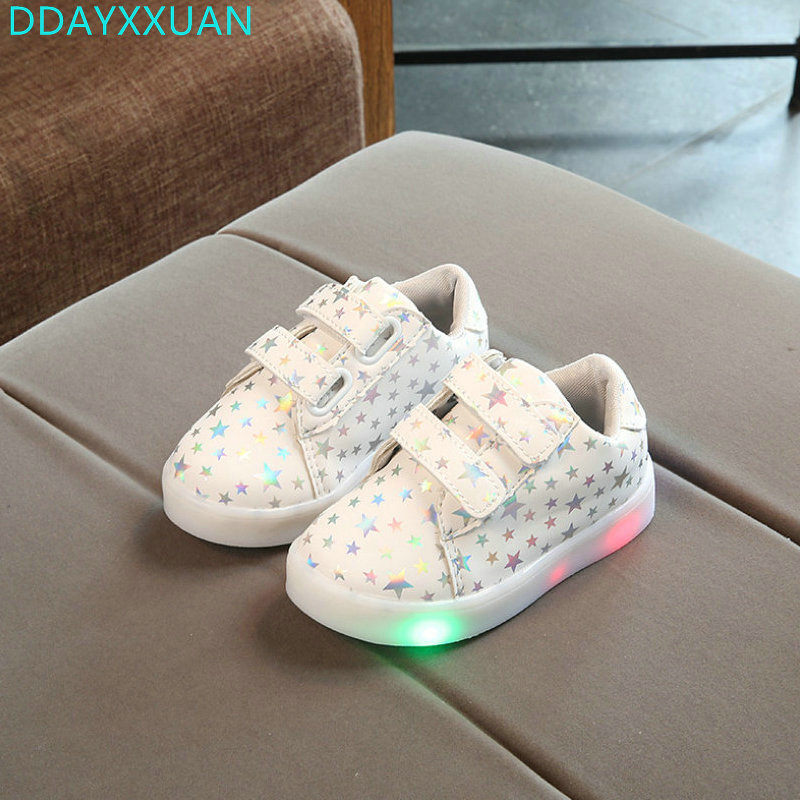 Children Shoes With Light 2018 NEW Spring Toddler Fashion Glowing Sneakers Boys Girls Shoes Flats Kids Light Up Shoes EU 21~30