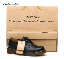 5a9895105d Casual low-cut casal Genuíno sapatos de Couro Mulheres Botas dr. martenss  Mens Botas