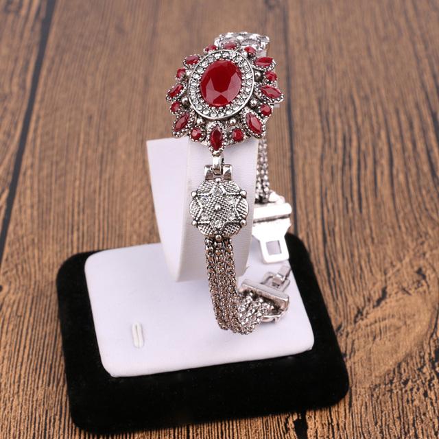 Retro Silver Plated Resin Crystal Bracelet
