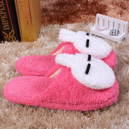 ec23311ac New home cotton women slippers winter home slippers ladies slippers minion  shoes warm soft slippers telas home shoes s009-in Slippers from Shoes on ...