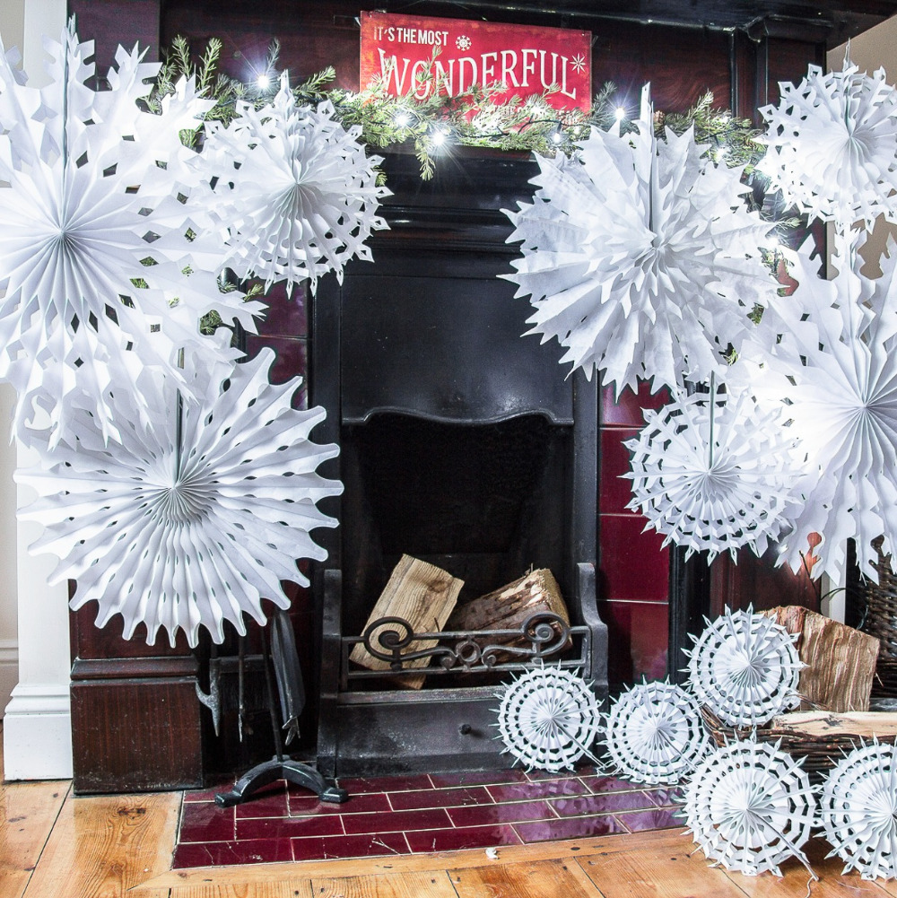 Winter Themed Christmas Decorations: Christmas Tissue Paper Snowflakes White Snowflake Fan