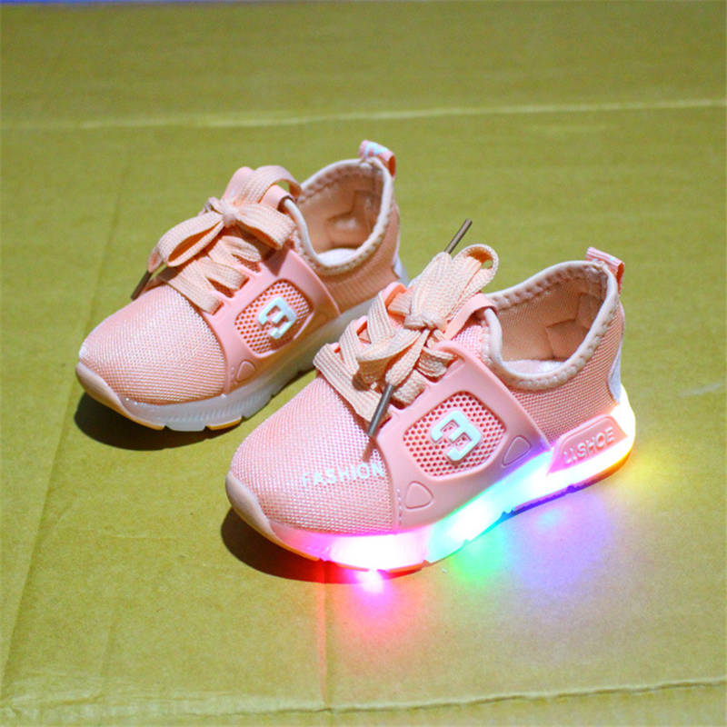 2018 new spring and autumn childrens shoes LED light light shoes boys sports shoes anti-skid baby shoes