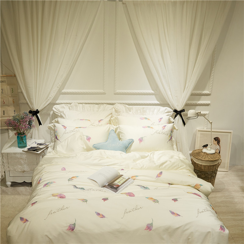 White color Embroidered Cute Bedding Set Egyptian Cotton Bed sheet set Girls Women Bed room set Duvet Cover Set pillowcase GiftsWhite color Embroidered Cute Bedding Set Egyptian Cotton Bed sheet set Girls Women Bed room set Duvet Cover Set pillowcase Gifts