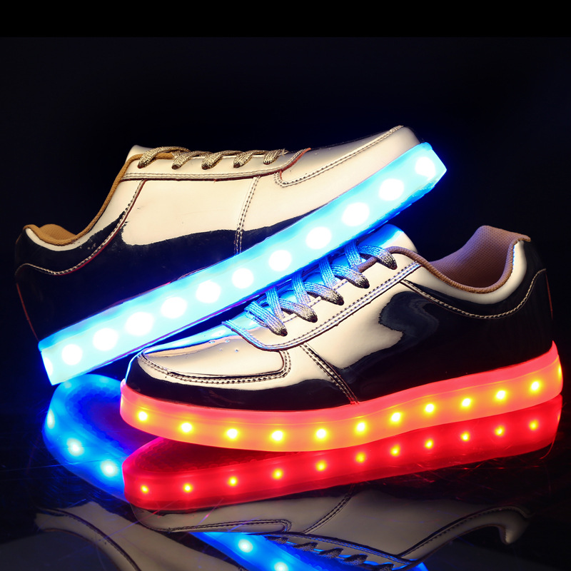 ФОТО Men Rechargeable LED Light Casual Shoes,USB charging,Seven kinds of led light color,Flashing Fluorescent Fashion shoes