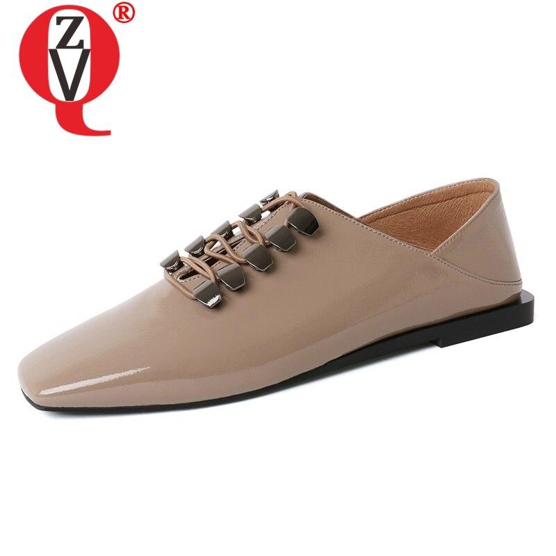 ZVQ النساء الشقق 2019 الربيع جديد أزياء لينة براءات الاختراع والجلود البغال أحذية النساء الشقق خارج مريحة تو مربع الانزلاق على الأحذية-في أحذية نسائية مسطحة من أحذية على  مجموعة 1