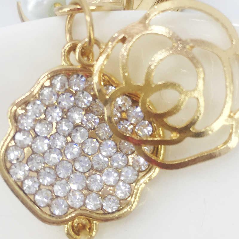 Novo chaveiro liga rose embutidos cristal saco chaveiro pingente de acessórios de telefone celular bola de cabelo fofo decorações moda jóias
