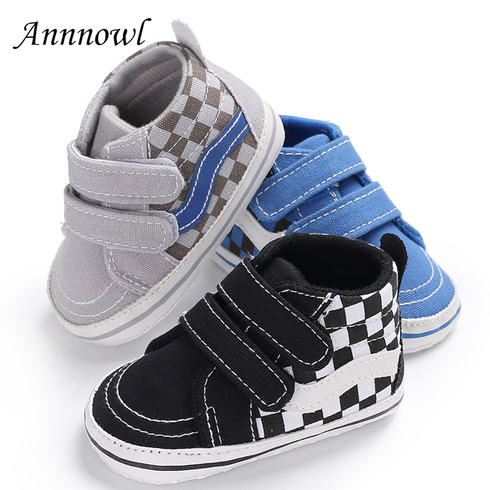 New Born Baby Boots Fashion Sneakers Toddler Boys Booties Infant Leather Baby Shoes Soft Sole Lattice Chinelo Infantil Shower