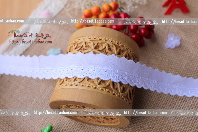 free shipping 2cm 10yardslot half moon emboidery white cotton lace wedding dress diy accessories trim ribbon fabric lace705