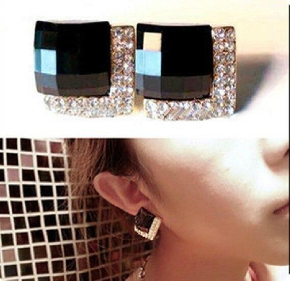 Min order is $10 Fashion vintage  accessories luxury black rhinestone stud earring