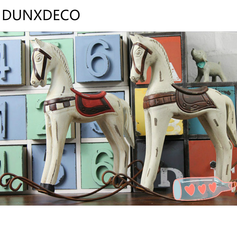 Dunxdeco 1pc vintage old finish painted wooden horse for Wooden horseshoes for crafts