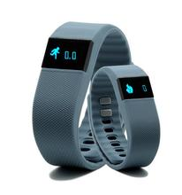 Smart Bracelet TW64 Heart Rate Bracelet real time monitoring of the Bluetooth sports step sleep font