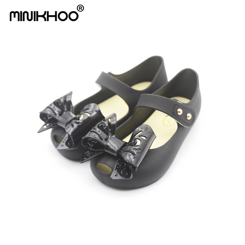 Mini Melissa Original 4 Color Hollow Bow Girl Jelly Sandals 2018 Children Princess Shoes Beach Sandals Melissa Jelly Sandals