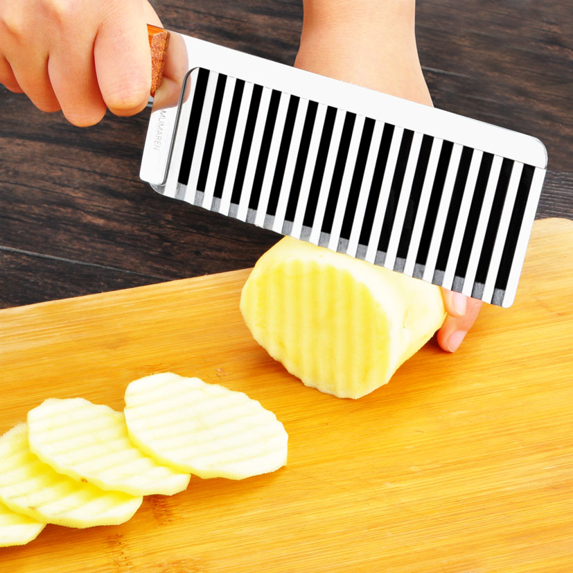 corrugated Shredders Slicers Wooden handle Potato French style wave knife Crinkle Cutter Wax Vegetable Soap Wavy Cutter