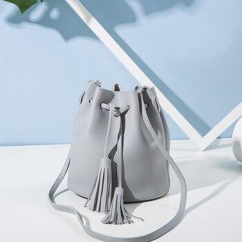 2019 Vintage Fashion Small Women Bucket Bags Female Pu Leather Tassel Shoulder Bags Girls Drawstring Messenger Crossbody Bag 92
