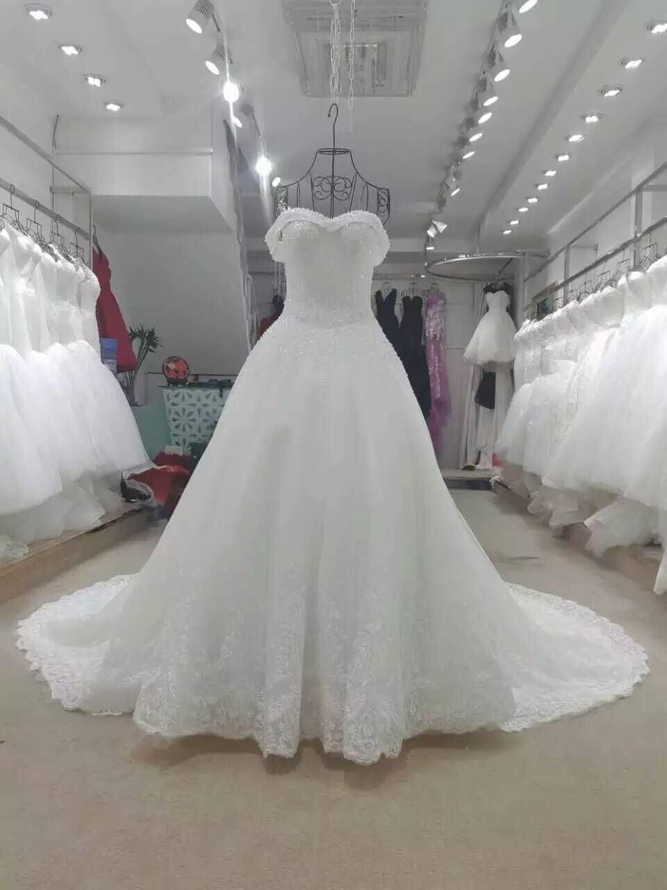 Atemberaubend Jahrgang Draht Kleid Form Schaufensterpuppe ...