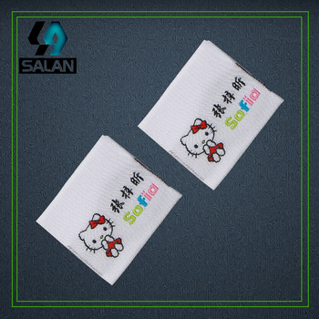 Customized center fold Woven labels for Garment Shirt Shoes Bags fabric Clothing Labels Embroidered sewing Tags free shipping