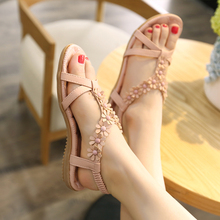 Chaussures de Plage d'été De Mode Cool Pantoufles Femmes Chaussures avec Plat Pieds De Mode Diamant Bohême Sandales Femmes