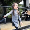 Comercio al por mayor 2017 de primavera para niños niñas sólido rosa verde gris amarillo negro tejer lana de palangre de hendidura frontal jumper sweater