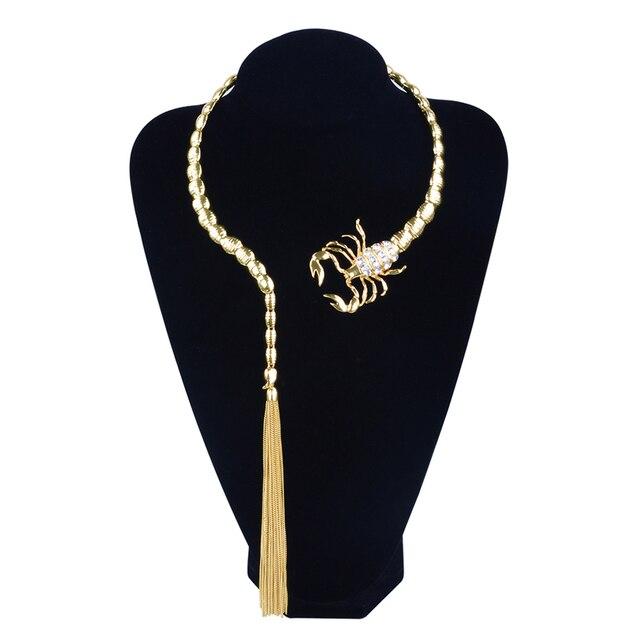 المجوهرات سبيكة العقرب الشرابة قلادة