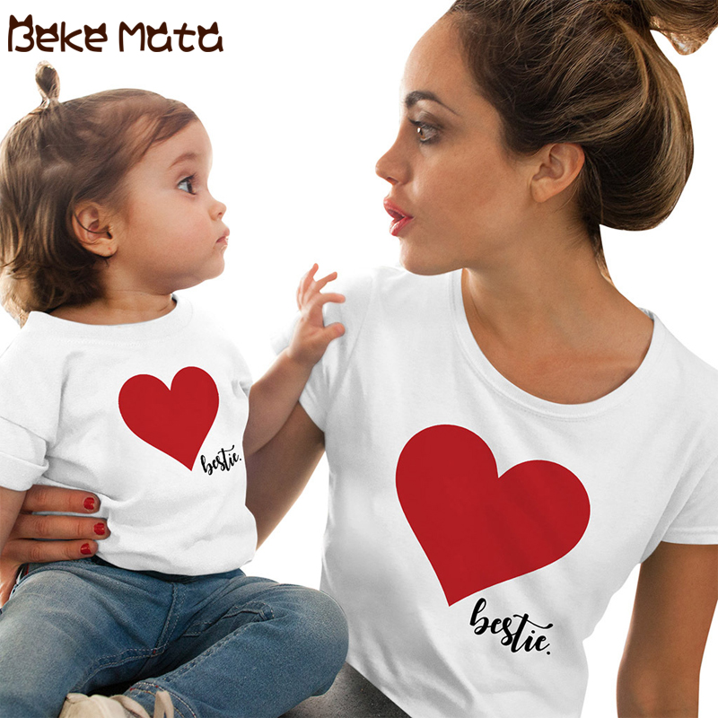 Family Matching Clothes Summer Mommy And Me Clothes Short Sleeve Heart Family Look Mother Daughter T Shirts Mom Girl Clothing(China)