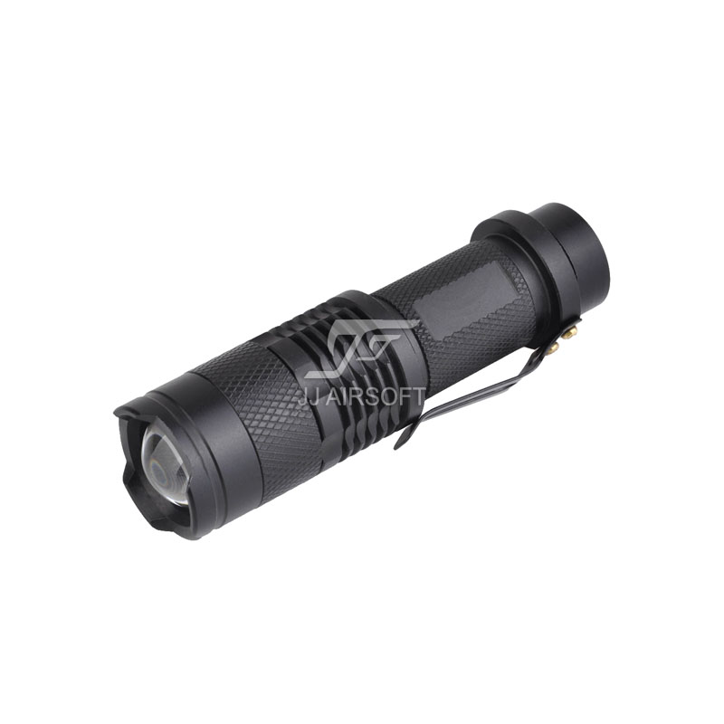 Element Mini Telescopic Zoom Flashlight (Black)