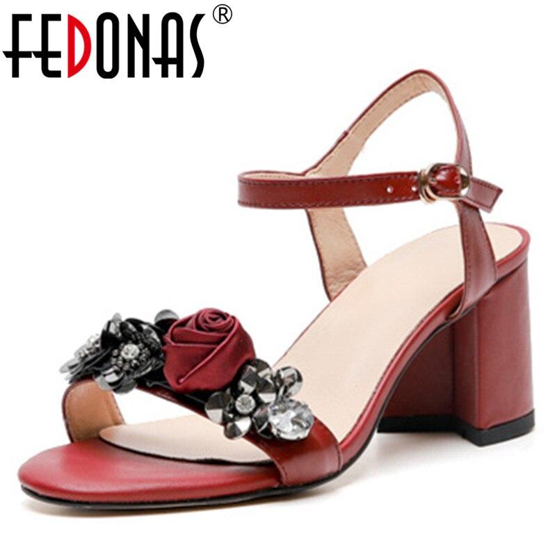 FEDONAS 2019 Nieuwe Ondiepe Zoete Vrouwen Sandalen Hoge Kwaliteit Echt Leer Prom Schoenen Classic Design Fashion Basic Schoenen Vrouw-in Hoge Hakken van Schoenen op  Groep 1