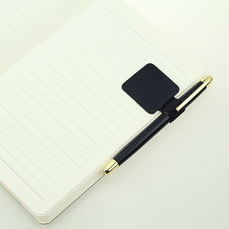 2017 Creative Traveler Diary Notebook Self-adhesive Type Leather Pencil Pen Holder Clip For School Office Planner Gifts