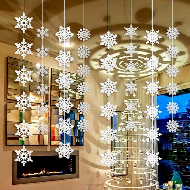 Wholesale 50packs Silver Snowflake Wall Hanging Decoration For Christmas Day Home Party Decorations