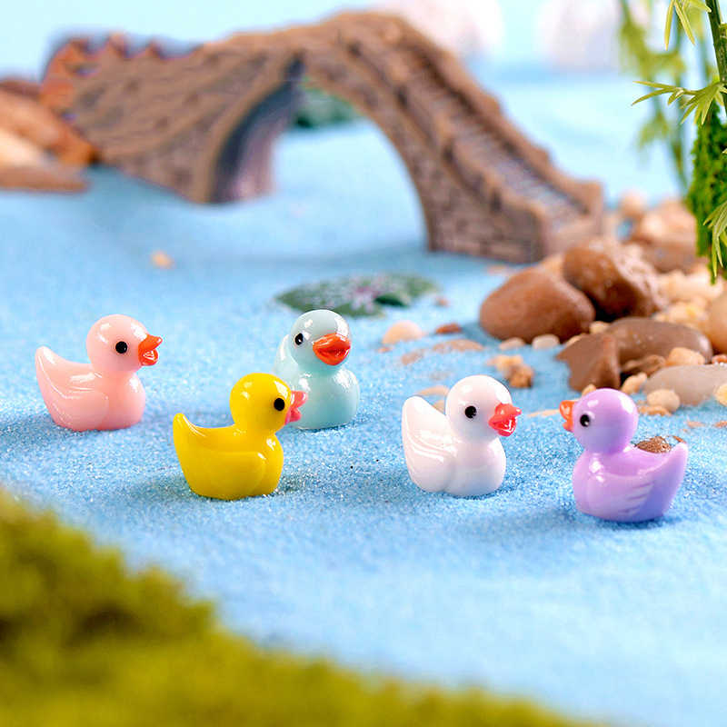 Lovely Colorful Duck Duckling Pato Small Pasture Statue Figurine Micro Crafts Ornament Miniatures DIY Garden Decoration