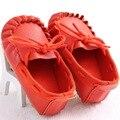 Novo design menina orange couro pu mocassins sapatos da criança do bebê kid criança primeira walker sola dura de borracha de alta qualidade