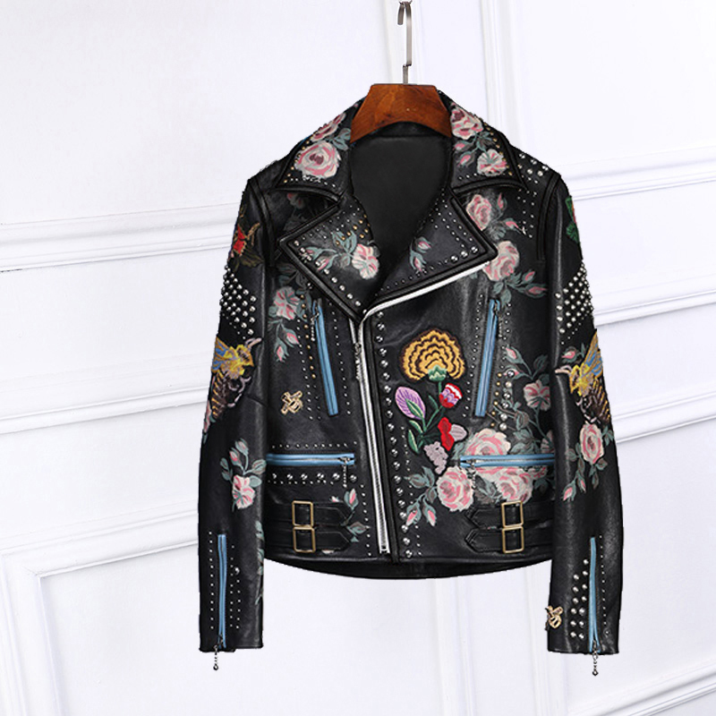 Autumn women's embroidery short PU   leather   jackets Ladies long sleeve novelty black jackets Chic rivets Motorcycle Jackets E957