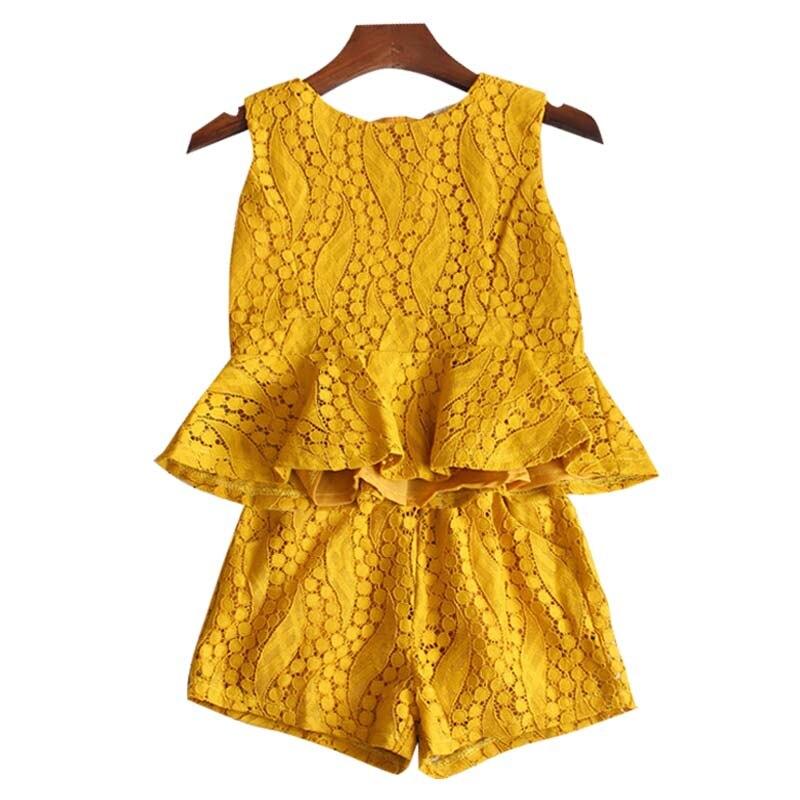 yellow1130